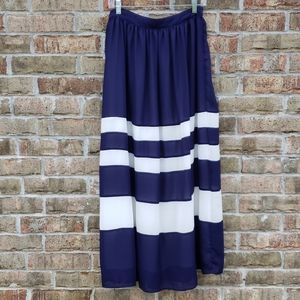 Sunday in Brooklyn Navy and White Skirt SZ M